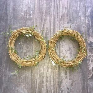 WREATHS SET OF TWO NEW